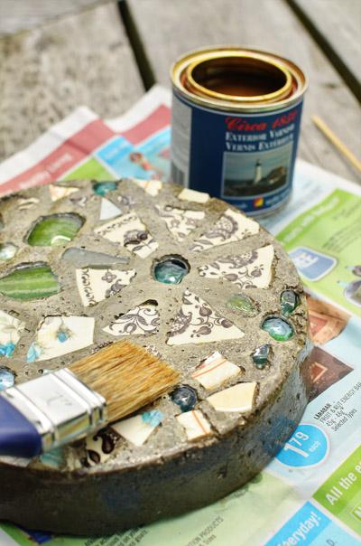 мозаика из битых тарелок своими руками